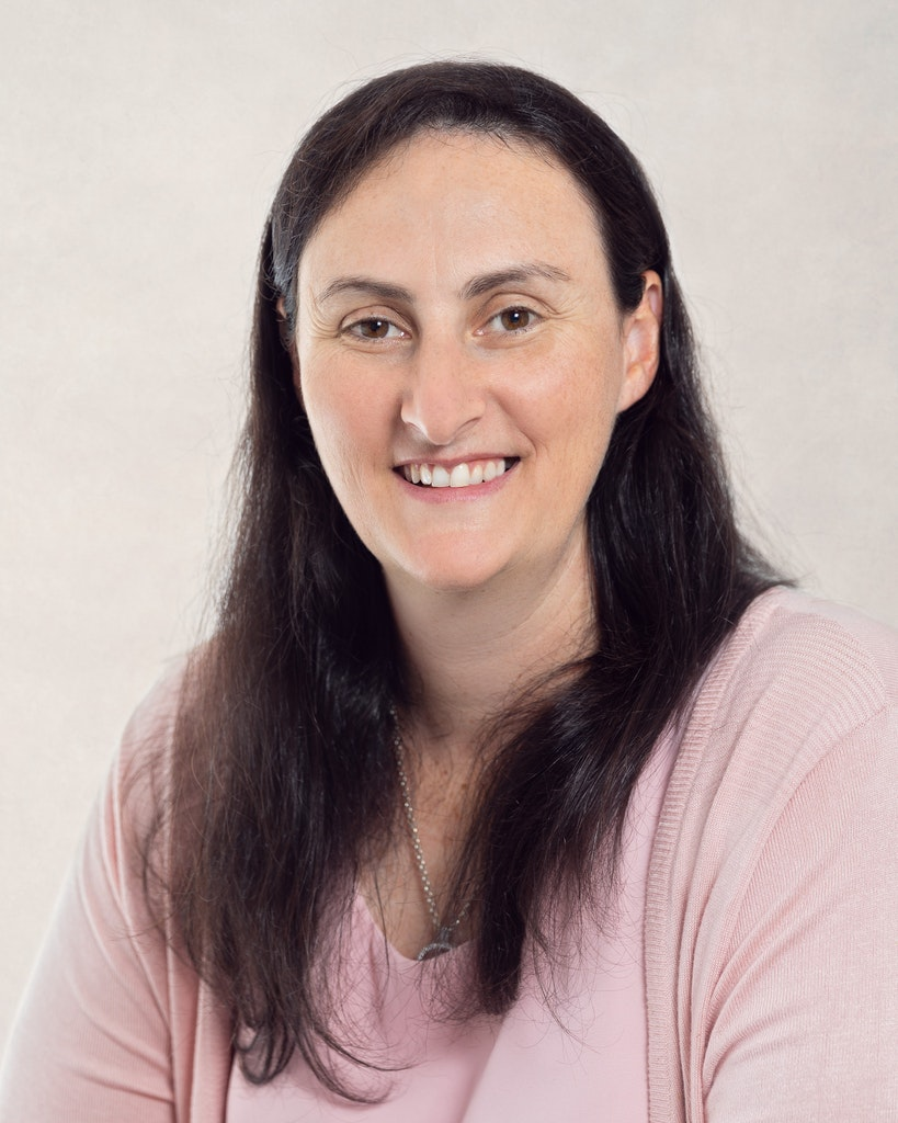 Renee Jones - Brisbane Newborn and Maternity Photographer